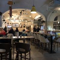 BB'z Bar & Grill - Fenntartható vendéglátóhely a város szívében