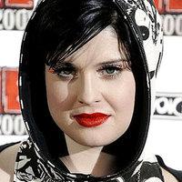 Kelly Osbourne hivatalosan is elnézést kért a transzneműektől