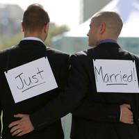 Nem halad előre a melegházasságok ügye Ausztráliában