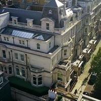 Ilyen egy milliárdos ultraluxus londoni háza