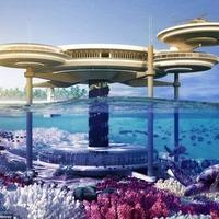 Víz alatti luxushotel épül