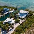 Luxusház saját korallmedencével