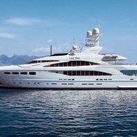 Lady Dee, a luxus és a kényelem hajója