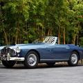 Eladó James Bond autójának őse