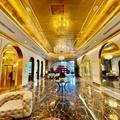 Meglepő helyen épült a világ első aranyhotelje