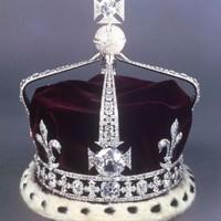 Vajon mennyit érnek a koronaékszerek?