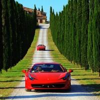 Utazd körbe az országot Ferrarival!