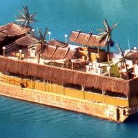 A jacht, ami egy úszó sziget