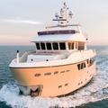 Új jachtjával ment koncertezni Andrea Bocelli