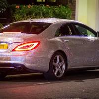 Maximális ízlésficam: Mercedes egymillió Swarovskival