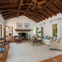 Oscar-díjas színésztől vette új házát Oprah