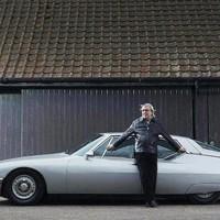 Elárverezik a legendás zenész két autóját