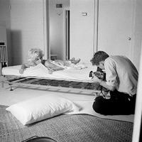 Egy ágyban Marilyn Monroe-val