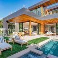 Ötmillió dolláros házat vett John Legend és Chrissy Teigen