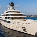 Abramovics 610 millió dolláros szuperjachtja