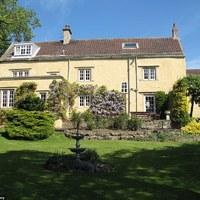 Eladó Jeremy Clarkson gyerekkori otthona