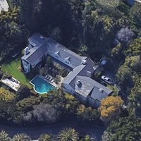 Otthagyta Bel Air-i házát Salma Hayek