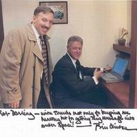 Milliókat ér Bill Clinton kőkorszaki laptopja
