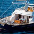 Eladó Berlusconi fényűző jachtja