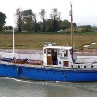 Eladó Paul McCartney első hajója