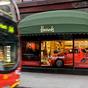 Terjeszkedik a világ leghíresebb luxusáruháza