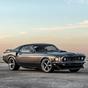 Megvehető Keanu Reeves legendás Mustangja