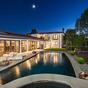 Eladja luxusházát a Family Guy sztárja