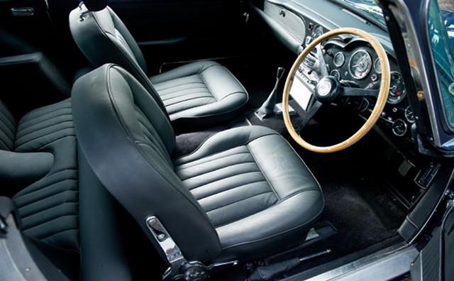Aston Martin DB5 vikk.jpg