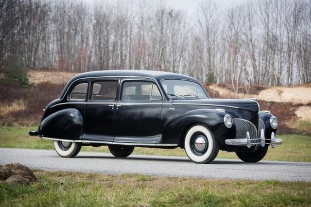Cím Lincoln Limousine.jpg