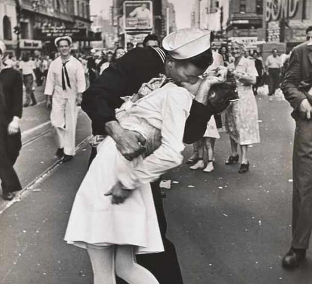 Csók a Times Square-en.jpg