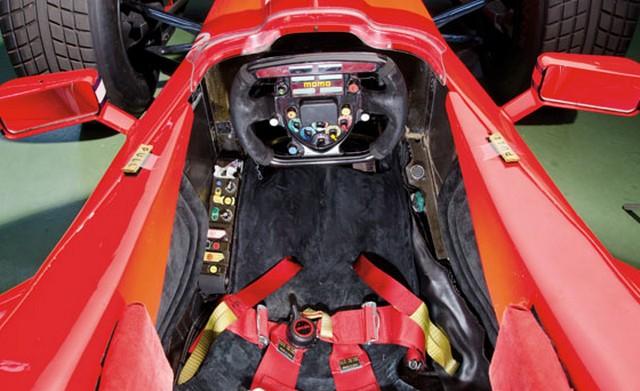 Ferrari F300 2.jpg