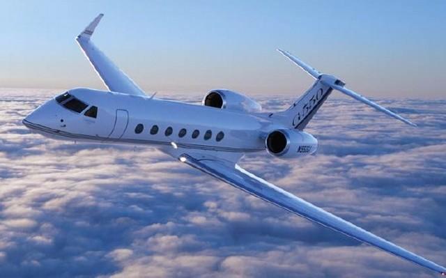 Gulfstream G550 repülő.jpg