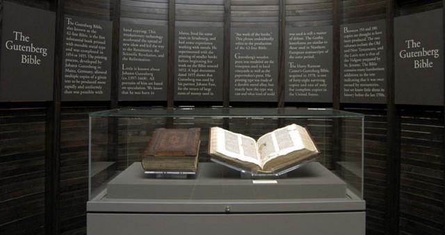Gutenberg Biblia.jpg