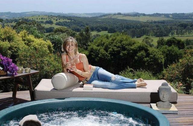 Olivia Newton-John.jpg