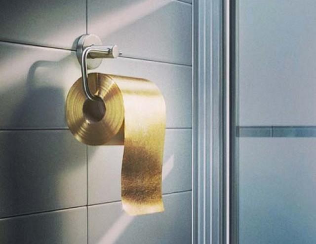 arany WCpapír.jpg