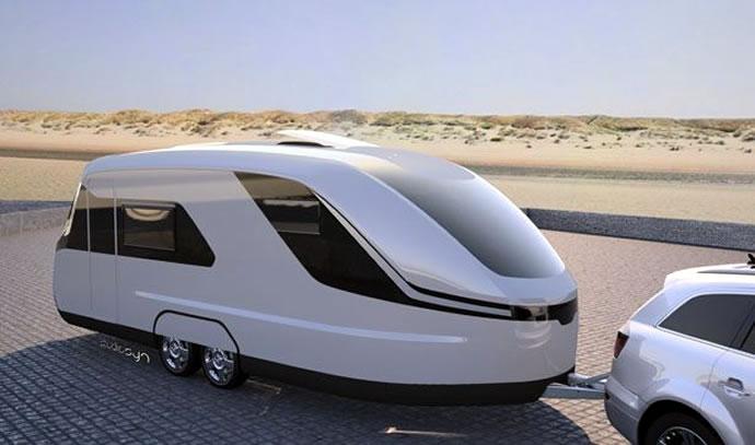 826d4825d3 A birminghami Motorhome and Caravan Shown bemutatott Caravisio Caravan  tulajdonképpen egyfajta átmenet a luxusjacht és a terepjáró között (mielőtt  nekünk ...
