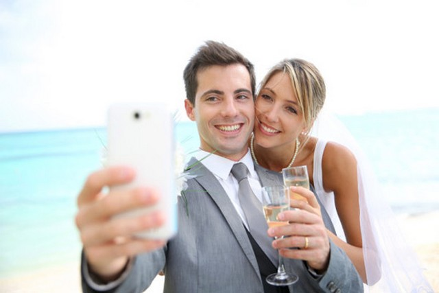 esküvő selfie.jpg