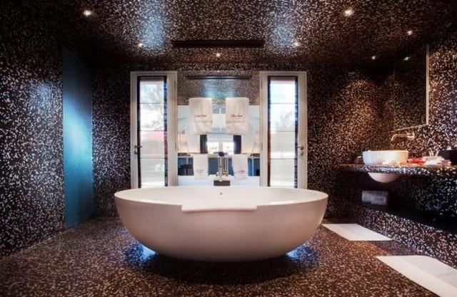 hotel 4 fürdő.jpg