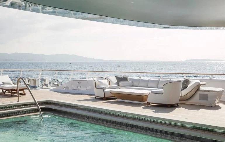 oceanoyacht.jpg