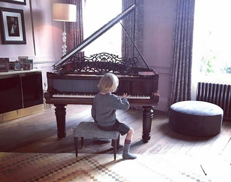 zongora_3.jpg