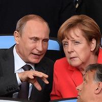Miért húzódott messzebb Putyin?