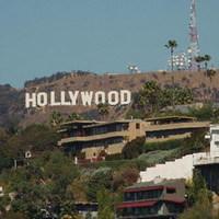 Hollywood megöli a mozit?