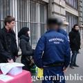Rendőrségi intézkedés a sajtótájékoztatón
