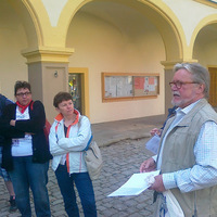 Április 24: Megnéztük a gaibachi kastély-gimnáziumot, majd gokartversenyen vettünk részt (race-t...)