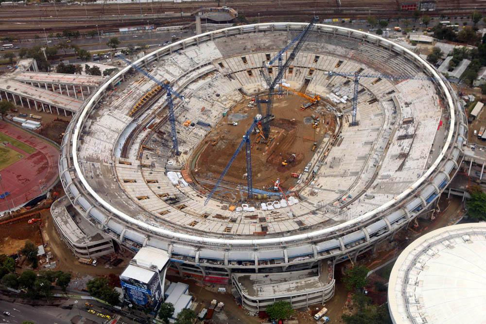 Maracana Stadium Brazil_air view on Sep.6.12_courtesy SEObras_Erica Ramalho.jpg
