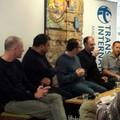Újságírók: csak ültek és meséltek