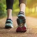 Sétával a krónikus derékfájdalom ellen