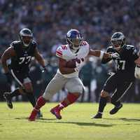 Regular season week 12: Giants 22 Eagles 25