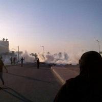 "Február 14. Bahreinben – ""Tear gas in the air"""