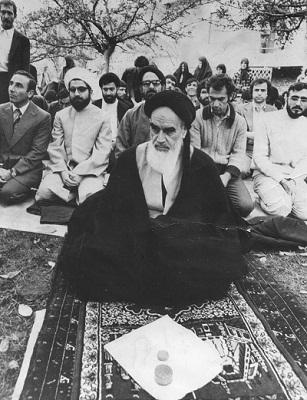 Hassan_Rouhani_in_Nofel_Loshato.jpg